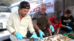 Matthew McConaughey, volunteers prepare hot meals for SoCal firefighters