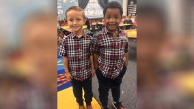 'Same eyes, same hair': Adorable kindergartners dressed alike for twin day insist they 'look exactly the same'