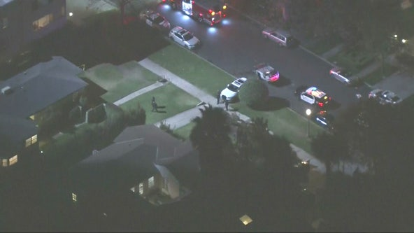 LAPD searching for suspect who fled overturned vehicle in Brentwood