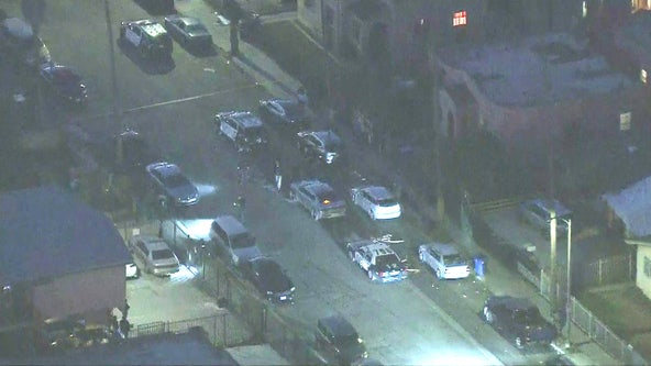 Teen among 2 people injured in South LA shooting