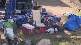 Neighbors complain about nearby property full of trash in Riverside
