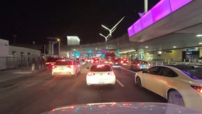 Heavy traffic at LAX as travelers return from the Thanksgiving holiday