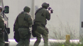 Police break up armored truck robbery in South Gate; suspects arrested