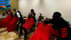 South Florida hairstylist gives free haircuts to the homeless for Christmas