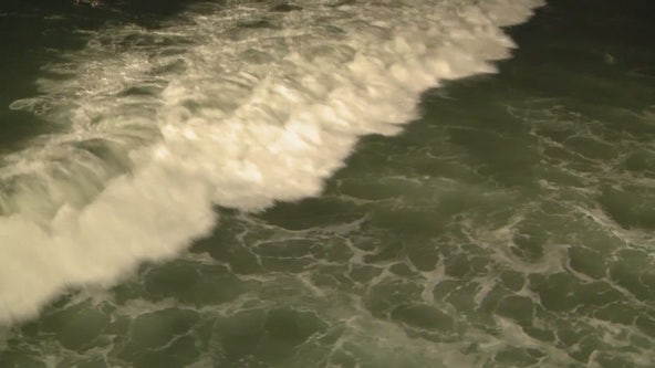 Health official extends beach water use advisory for LA County