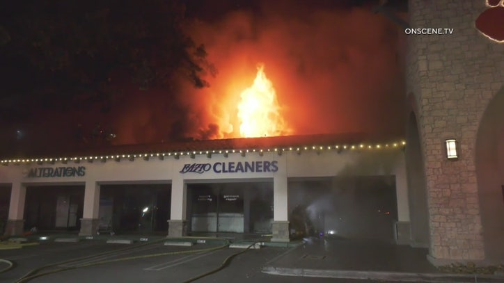 Fire Damages Strip Mall In Woodland Hills Causes Roof Collapse