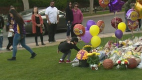 Neighbors mourn Kobe and the 8 other victims of Calabasas copter crash