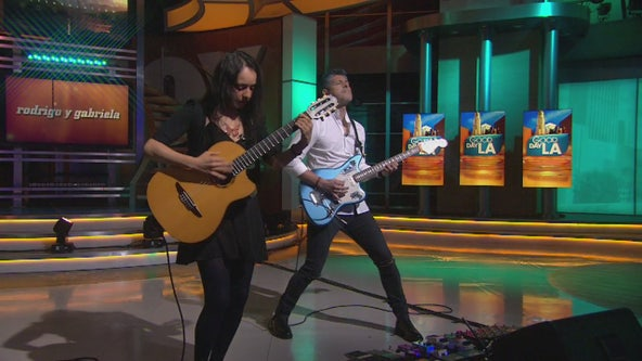 Grammy-nominated duo Rodrigo y Gabriela perform 'Terracentric'