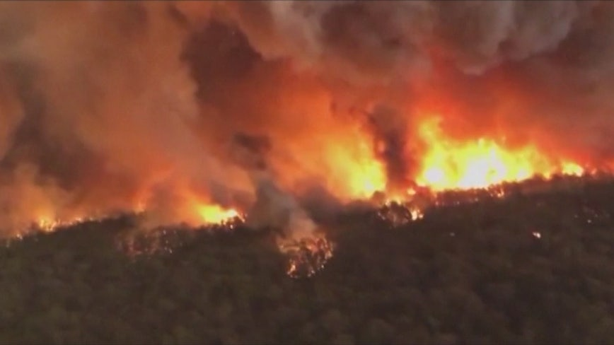 Three American firefighters killed in plane crash while battling Australian wildfires