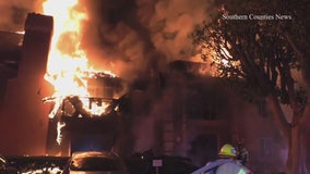 Fire destroys Tustin apartment building