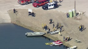 Crews searching for missing boater in Lake Palmdale