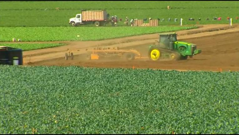 8A TRUMP FARMERS_KTVUa3b9_146_mxf_00.00.13.08
