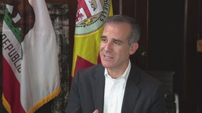 """There is plenty of food"" Mayor Garcetti urges residents not to panic"
