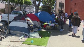 Judge bars city of L.A. from seizing large items belonging to homeless