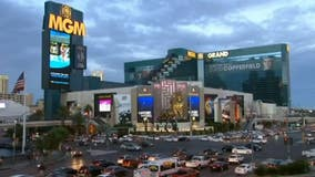 All Las Vegas casinos ordered to shut down