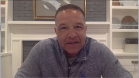 Dodgers Manager Dave Roberts toasts fans from home during pandemic