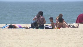 LA beaches, stores open ahead of Memorial Day weekend