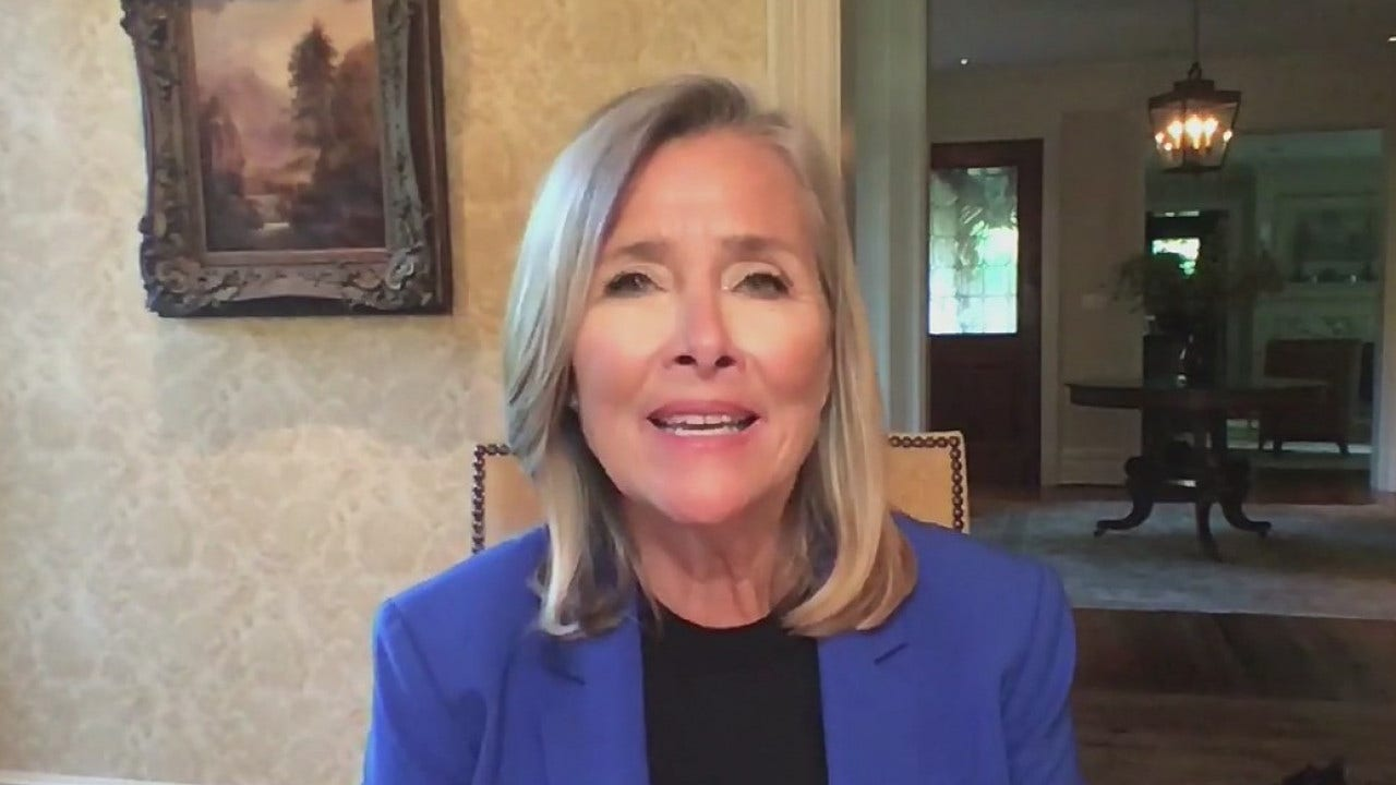 Game show host Meredith Vieira shares memories of Regis Philbin