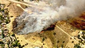 Crews make progress on brush fire burning in Sunland-Tujunga area