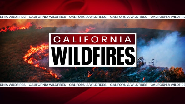 Blaze scorches hills south of Lake Mathews, threatening homes