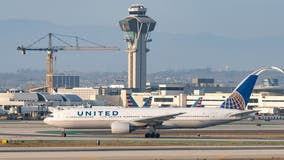 United says it will drop widely scorned ticket-change fees