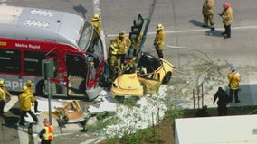 14 injured in crash involving bus in East Los Angeles