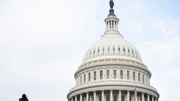 US budget deficit climbs to record $2.81 trillion