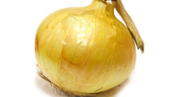 Onions sold at Trader Joe's, Ralphs recalled over salmonella concerns