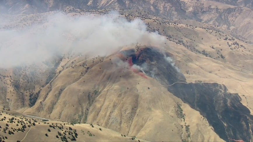 CHP closes one lane of the 5 Freeway as 'Fort Fire' near Lebec grows to 350 acres, 40% containment