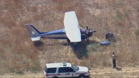 Small plane makes emergency landing near Lake Mathews