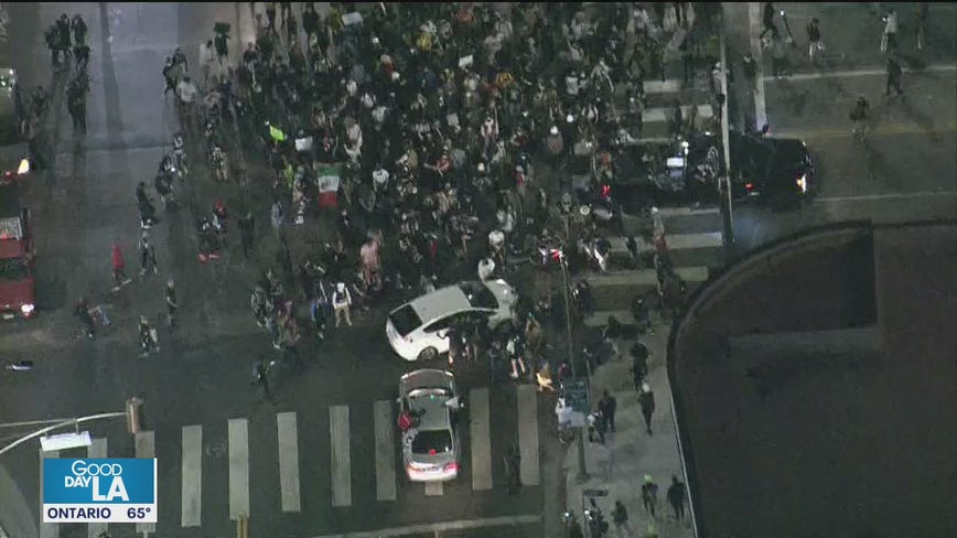 One person hurt as two vehicles drive thru Breonna Taylor protest in Hollywood