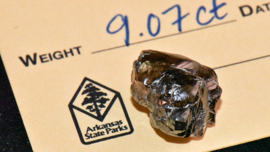 Man finds 9.07-carat diamond, thought it was a piece of glass
