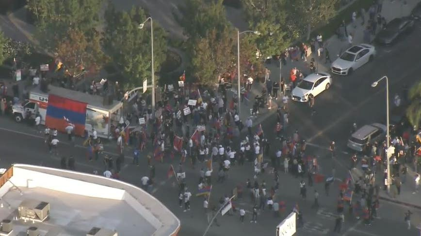 Thousands gather in West LA to protest Azeri aggression, attacks on Armenia