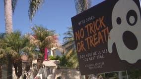 Toluca Lake homes displaying signs of 'no trick-or-treating'