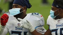 NFL tightens COVID-19 rules, will discipline players who don't wear mask on sidelines