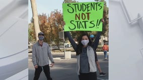 Students organize protests over Cal State Long Beach's grading system