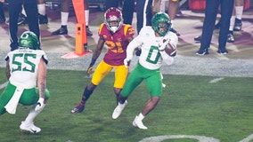 Turnovers, mistakes doom USC in Pac-12 championship game loss to Oregon