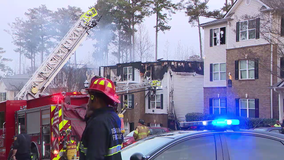 'It's a miracle': Family of 8 jumps from Georgia apartment to escape fire