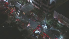 Firefighter hurt after responding to fire at Encino apartment building