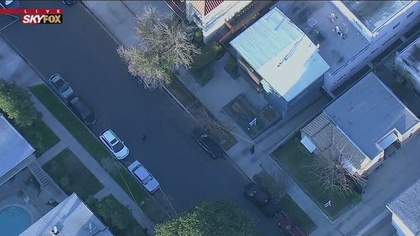 Man killed in possible home invasion robbery in Burbank