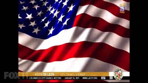 LA City councilman butchers words to Pledge of Allegiance during meeting