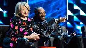 Snoop Dogg, Martha Stewart hosting Puppy Bowl 2021