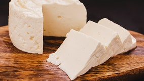 CDC warns of listeria outbreak in Hispanic-style soft cheeses