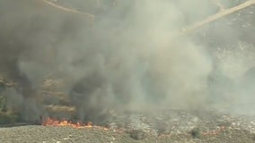 Country Fire: Evacuations in place as Thousand Oaks fire burns 28 acres
