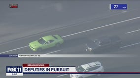 Possible murder suspect leads deputies on high-speed chase across Riverside area