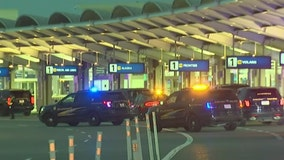 Deputies de-escalate tense Oakland Airport situation with temperature, Tasers