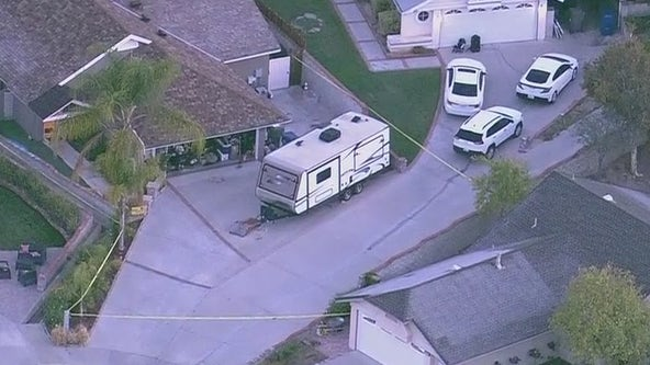 Woman dies after being stabbed in Santa Clarita; authorities searching for her estranged husband