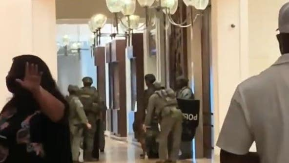 Hotel evacuated after barricaded man fired shots through door, Honolulu police say