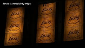 Los Angeles Lakers unveil 2020 championship banner at Staples Center