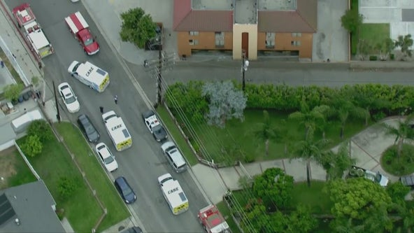 5 transported to hospital after possible chemical exposure in Pico Rivera